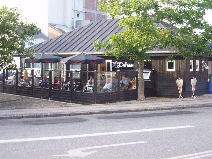 Ø-Cafeen om sommeren